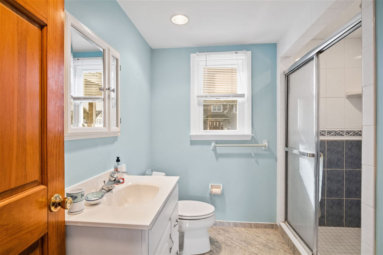 299 47th Street - Picture 21
