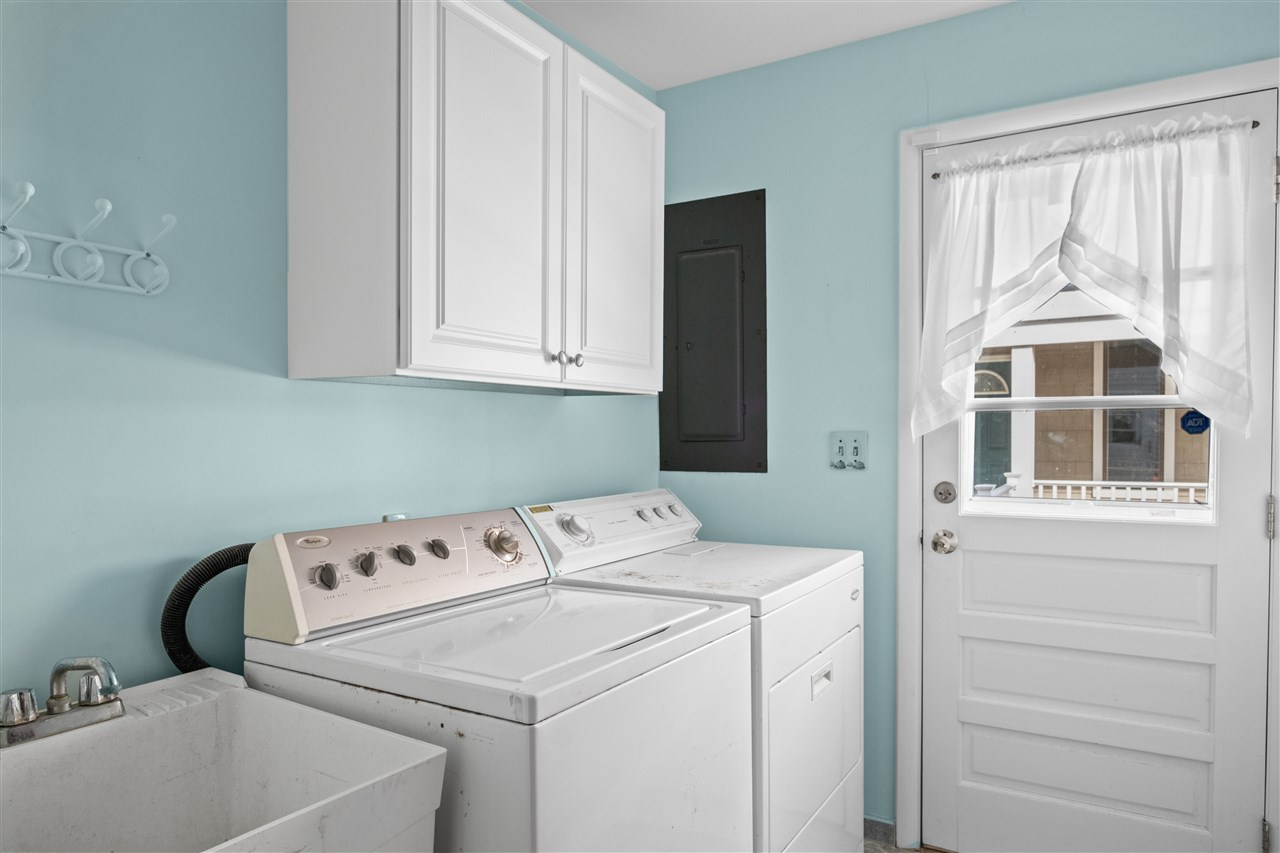299 47th Street - Picture 23