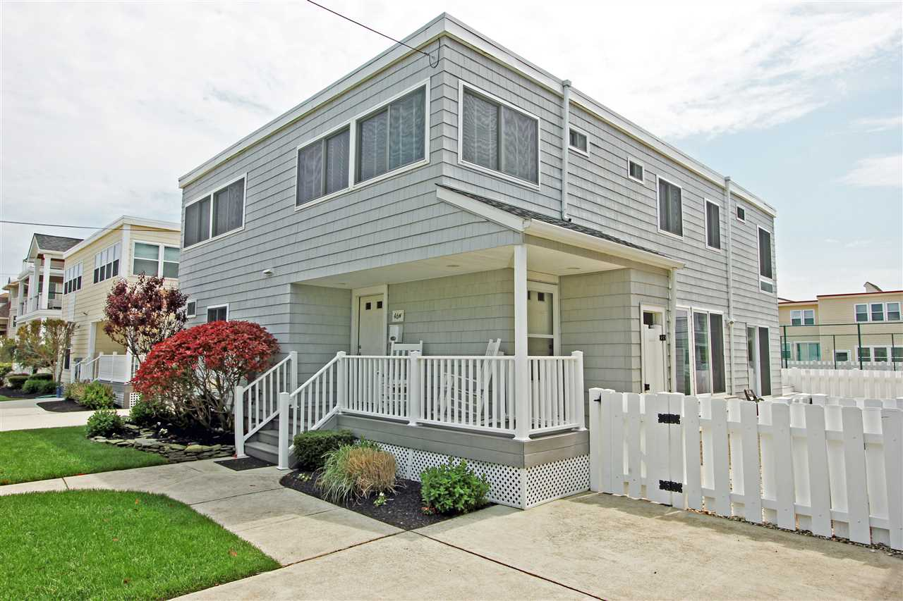 46 W 18th Street - Picture 1