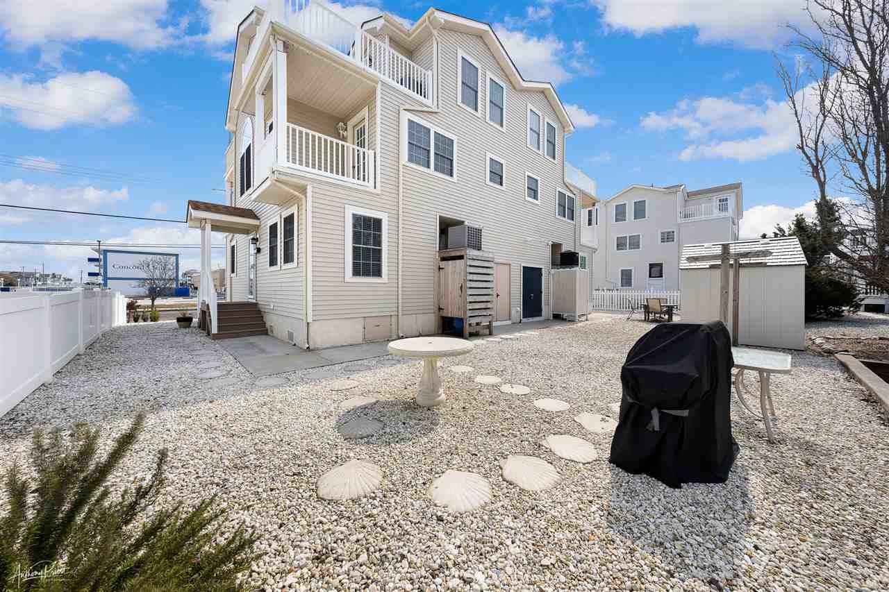7830 Ocean Drive - Picture 2