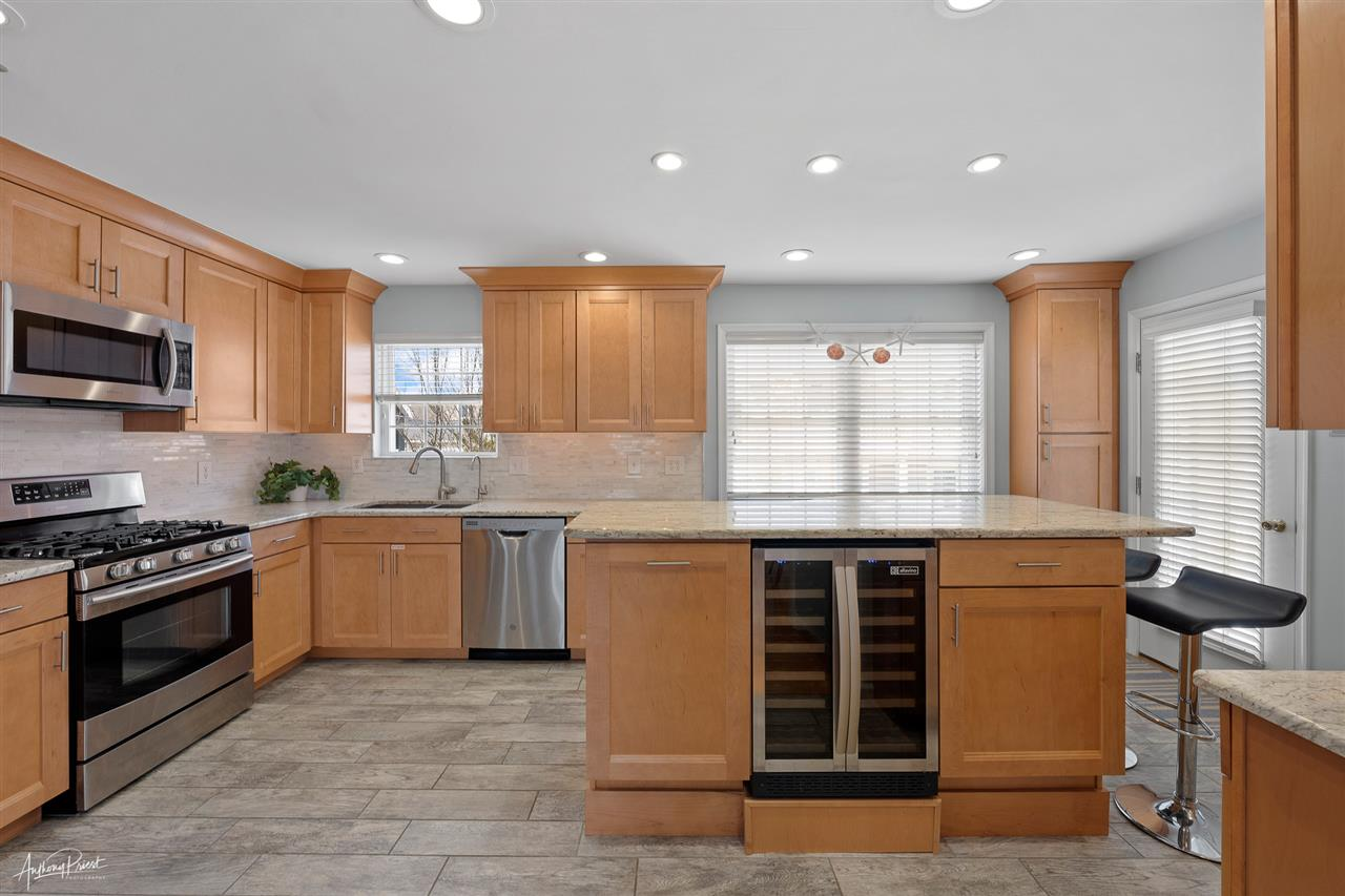 7830 Ocean Drive - Picture 3