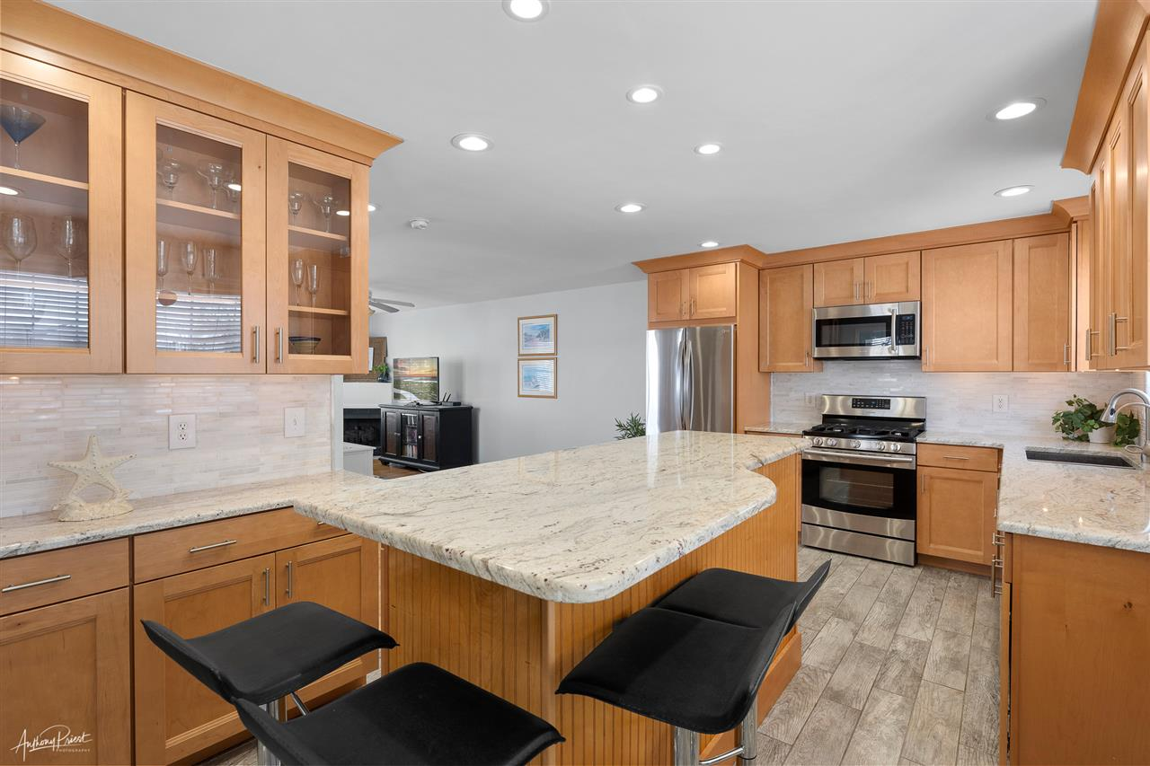 7830 Ocean Drive - Picture 5