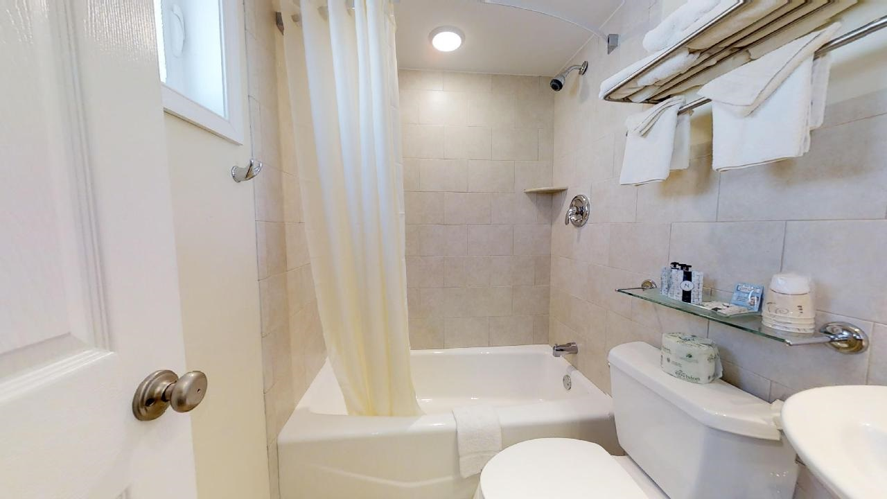 7888 Dune Drive - Picture 8