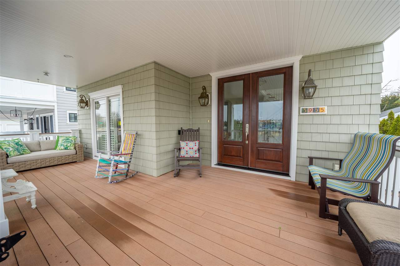 3955 Dune Drive - Picture 3