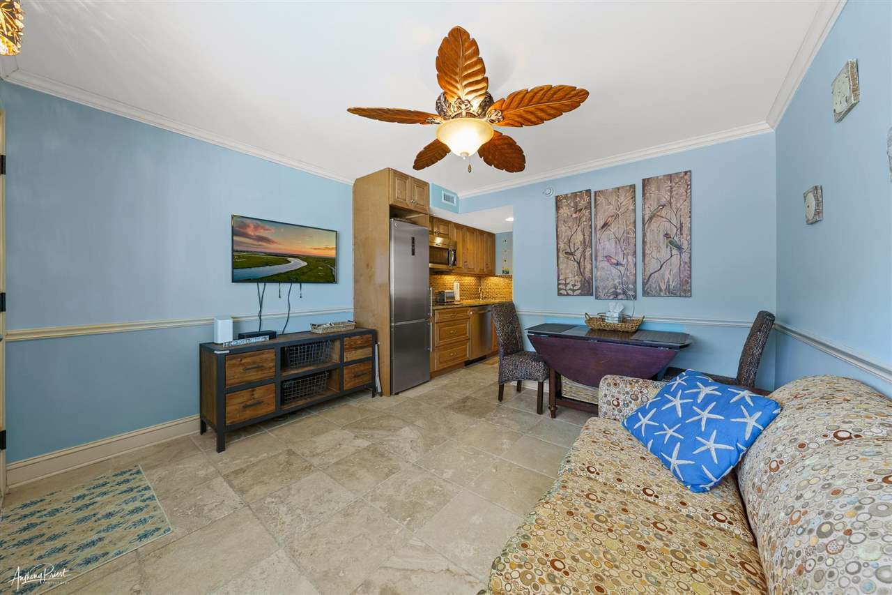7929 Dune Drive - Picture 4