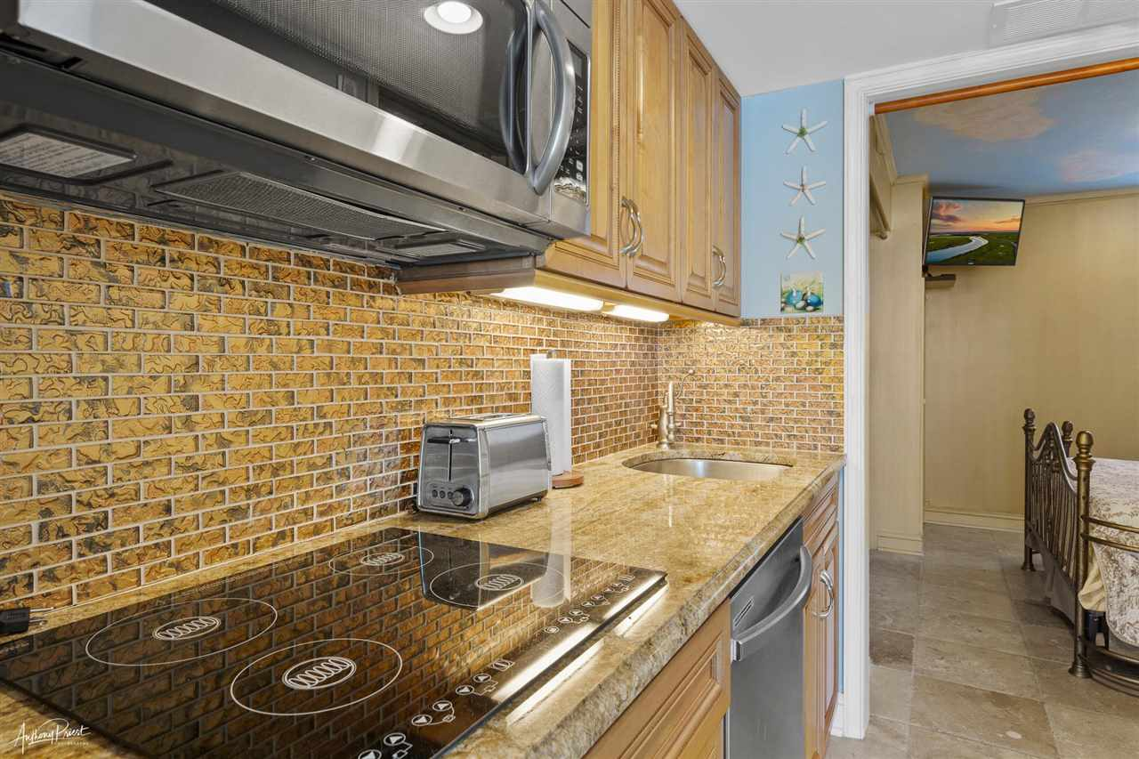 7929 Dune Drive - Picture 5