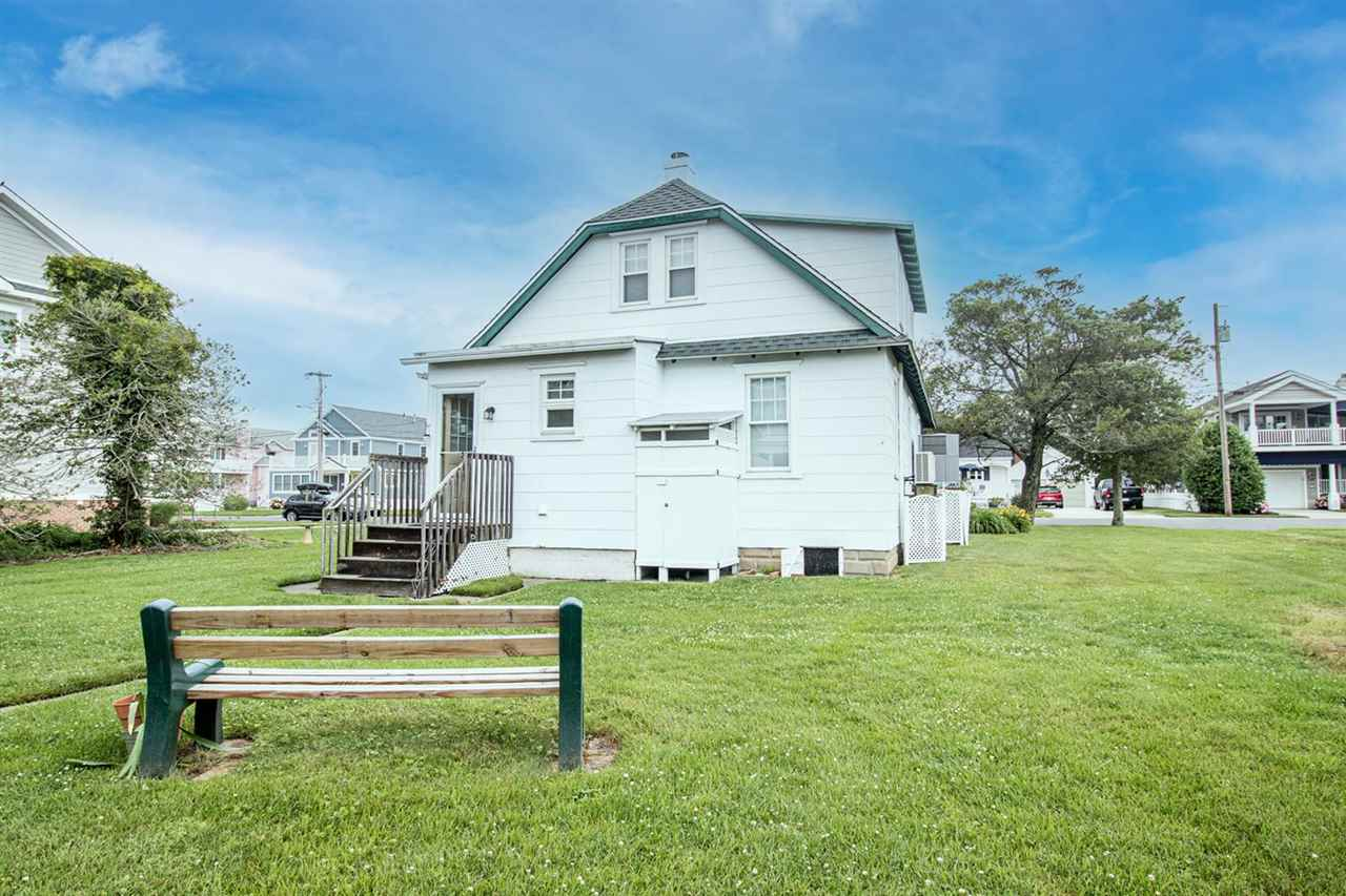 227 107th Street - Picture 4