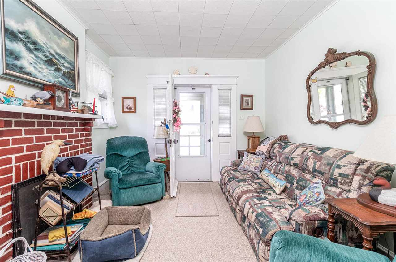 227 107th Street - Picture 10