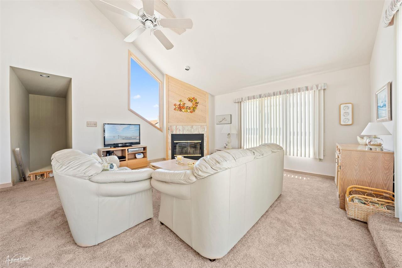 7789 Dune Drive - Picture 4