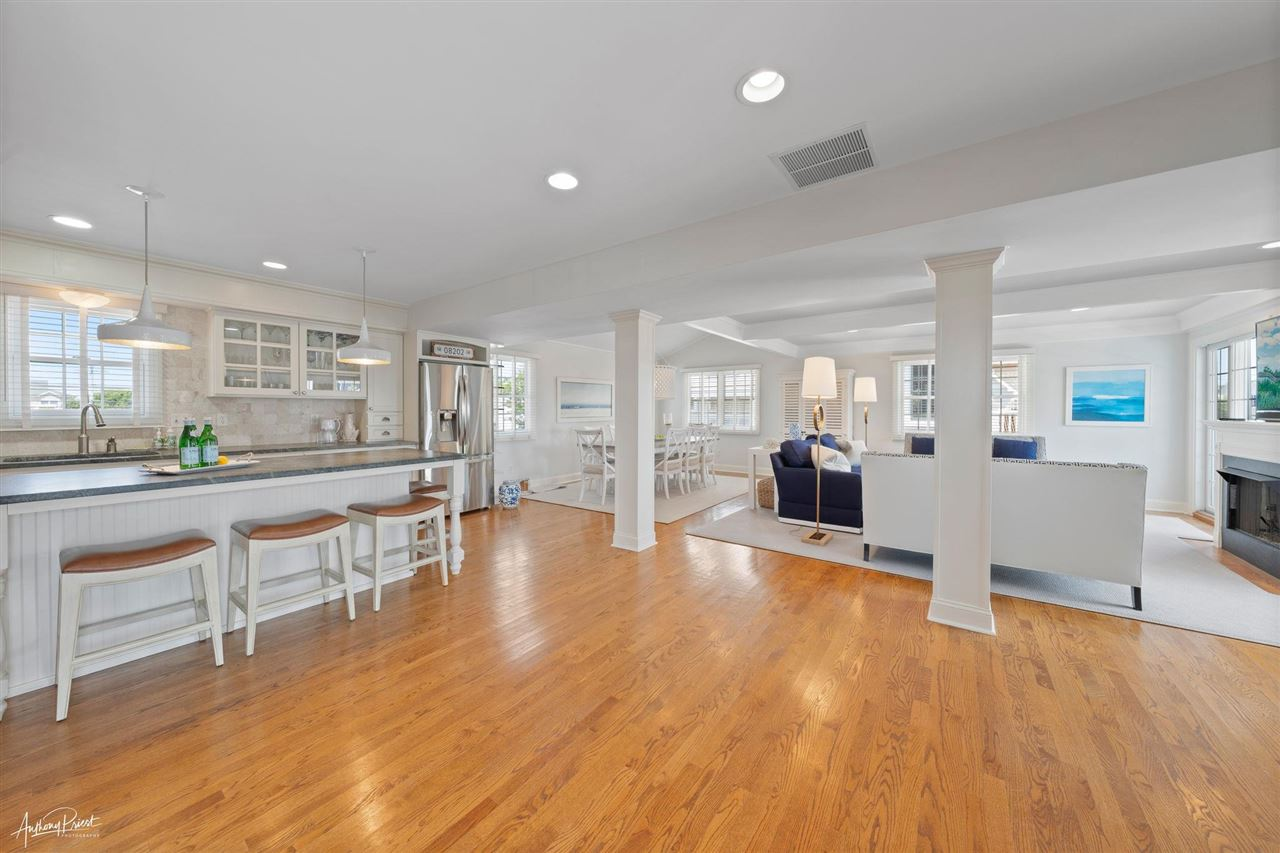 185 30th Street - Picture 3