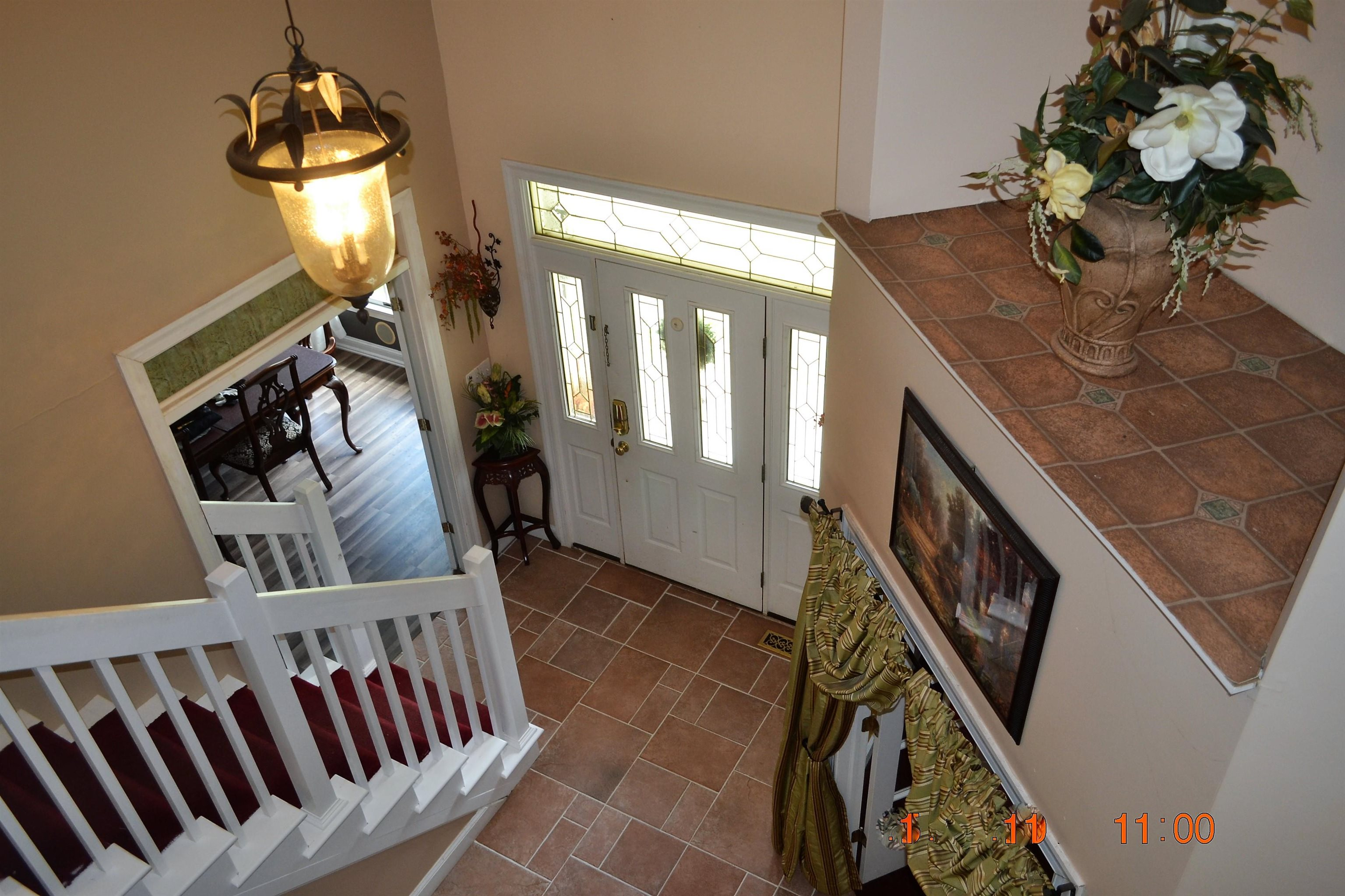8 Saddlewood Drive - Picture 2