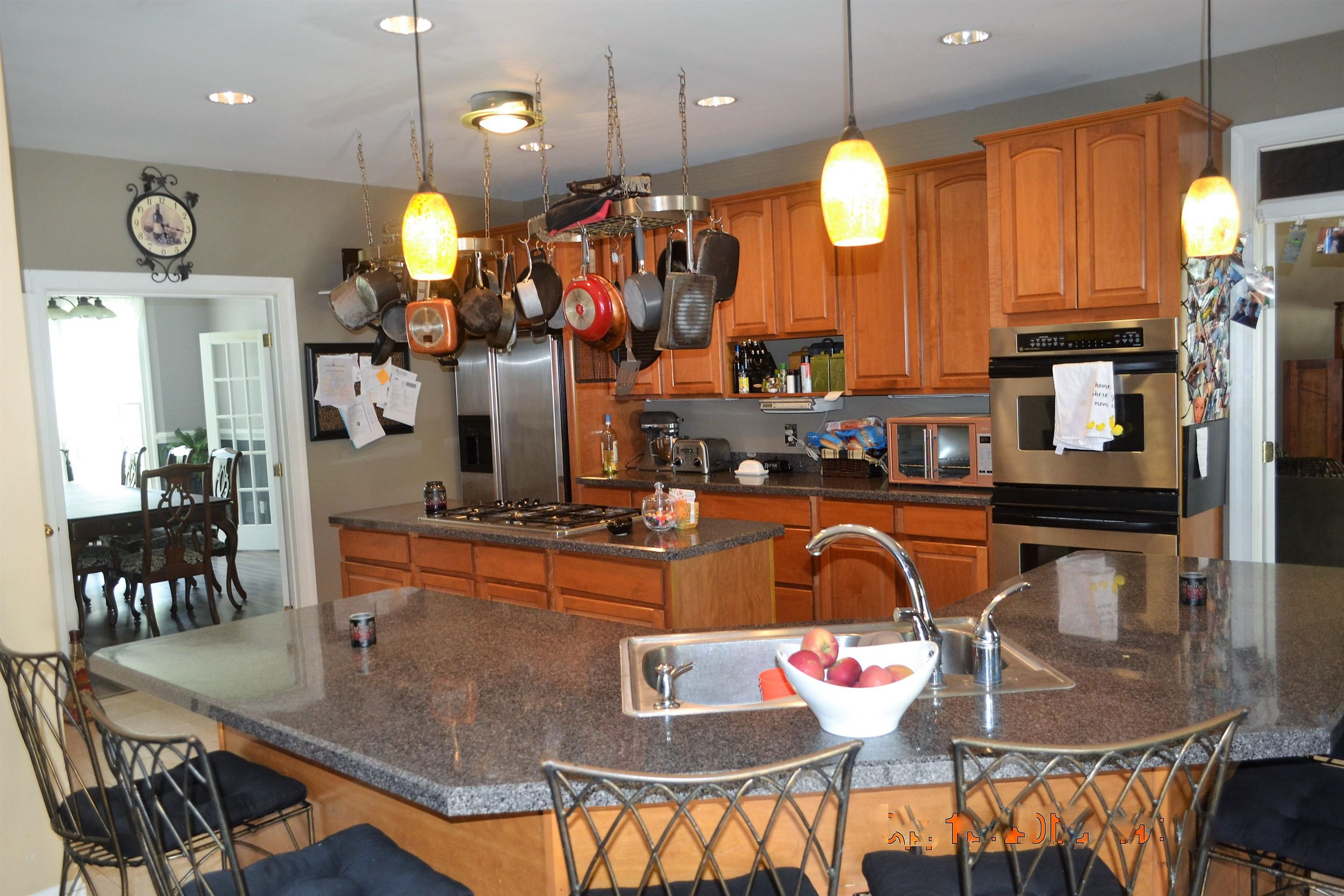 8 Saddlewood Drive - Picture 3