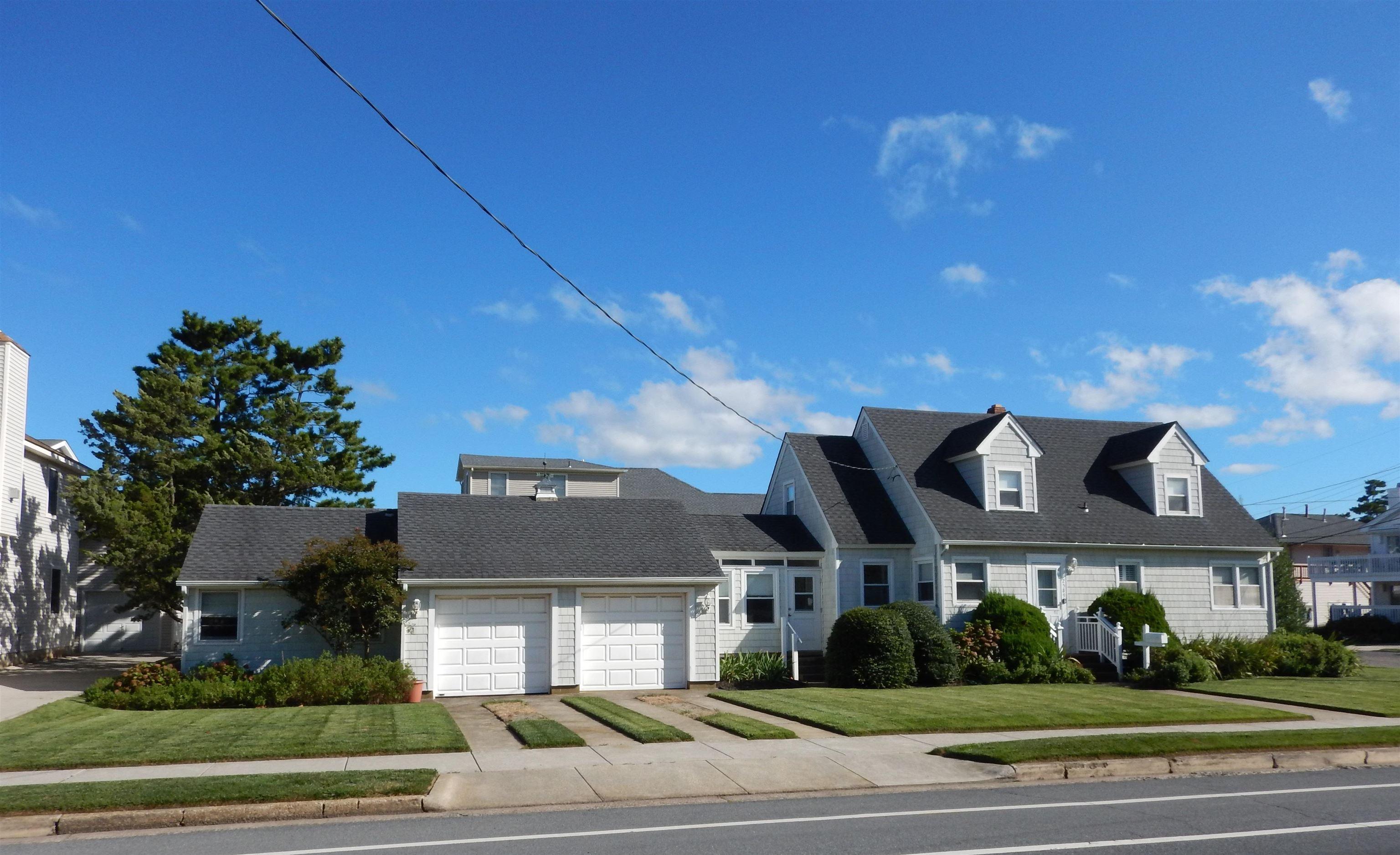 2589 Avalon Avenue - Picture 1