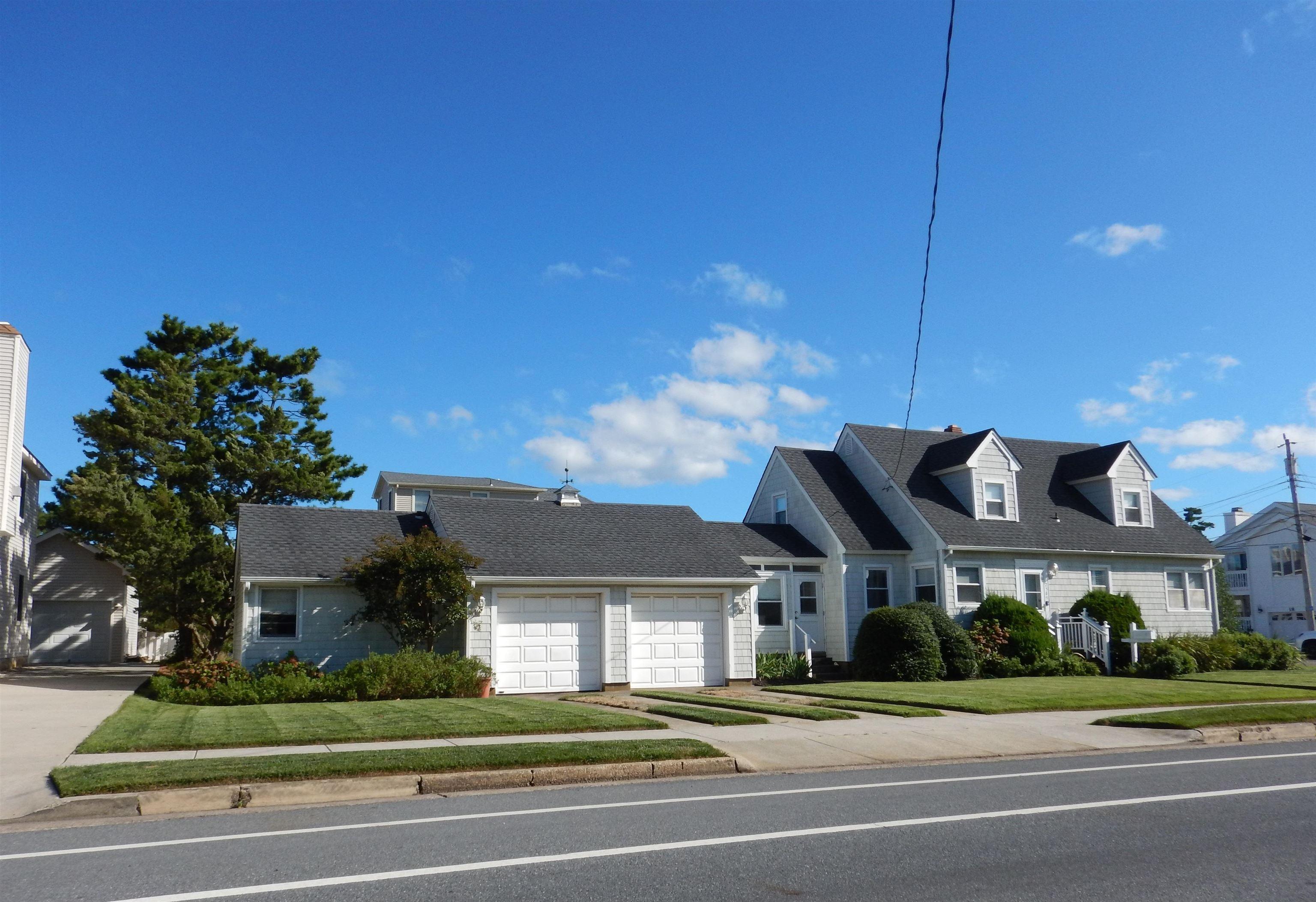 2589 Avalon Avenue - Picture 4