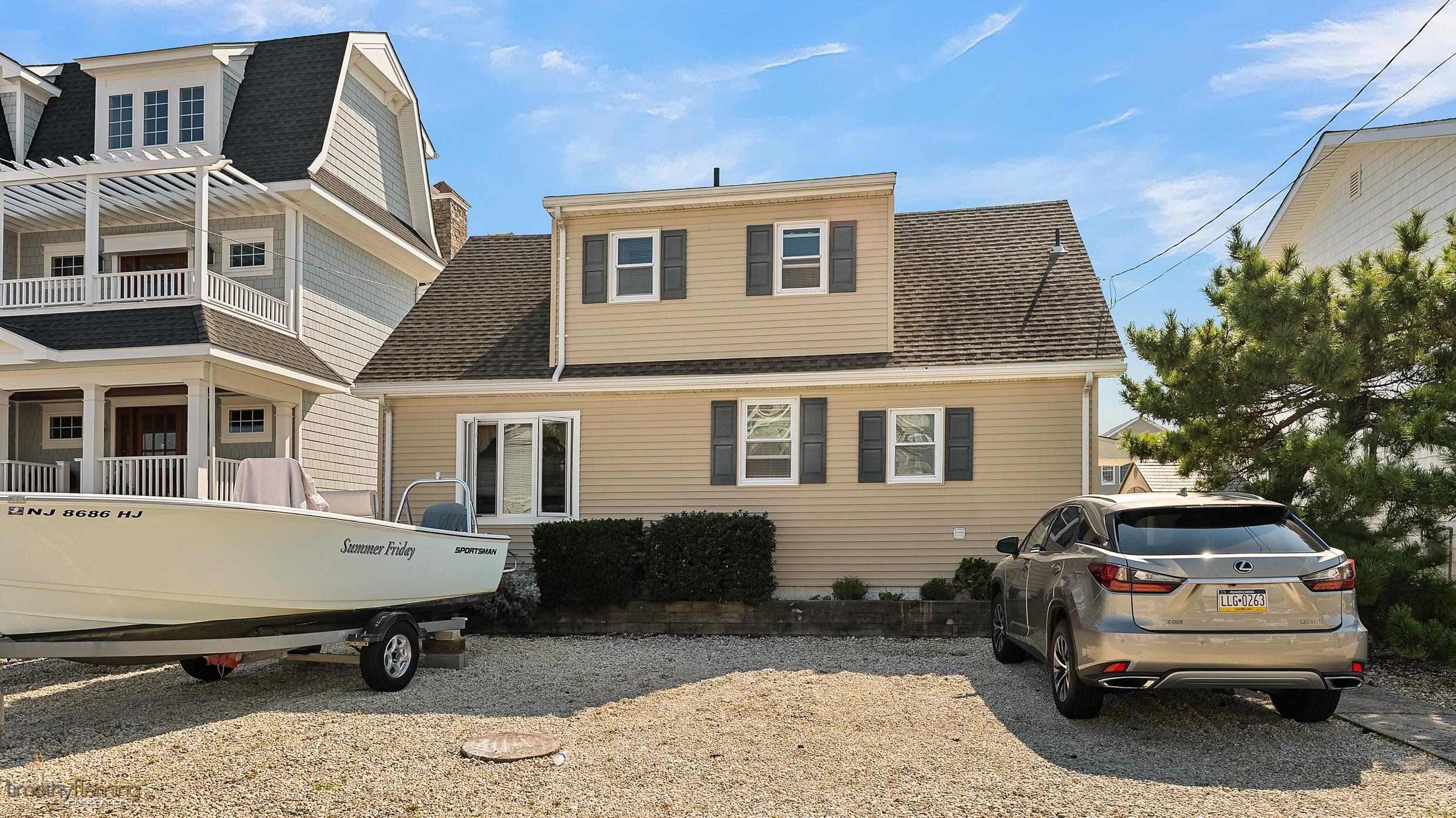 131 Meadowview Lane - Picture 1