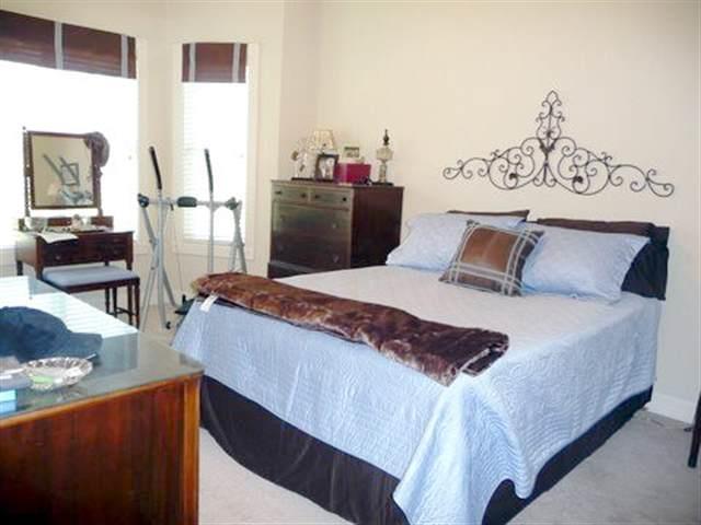 3 bedroom  Magnolia Pointe condo for sale