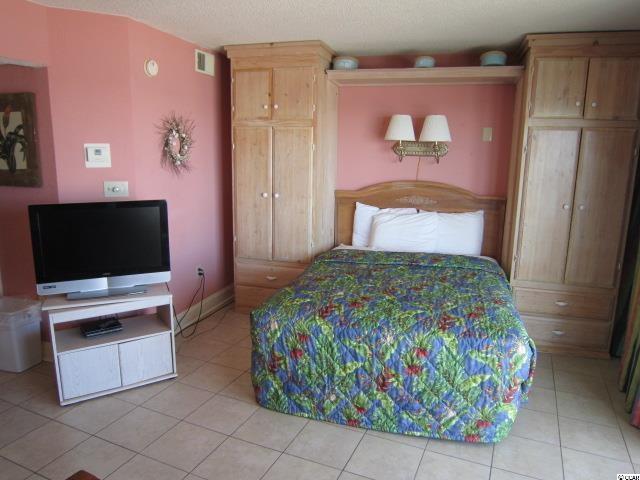 1 bedroom condo at 202 70th Avenue North