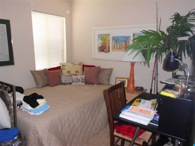 3 bedroom  Marsh Oaks condo for sale