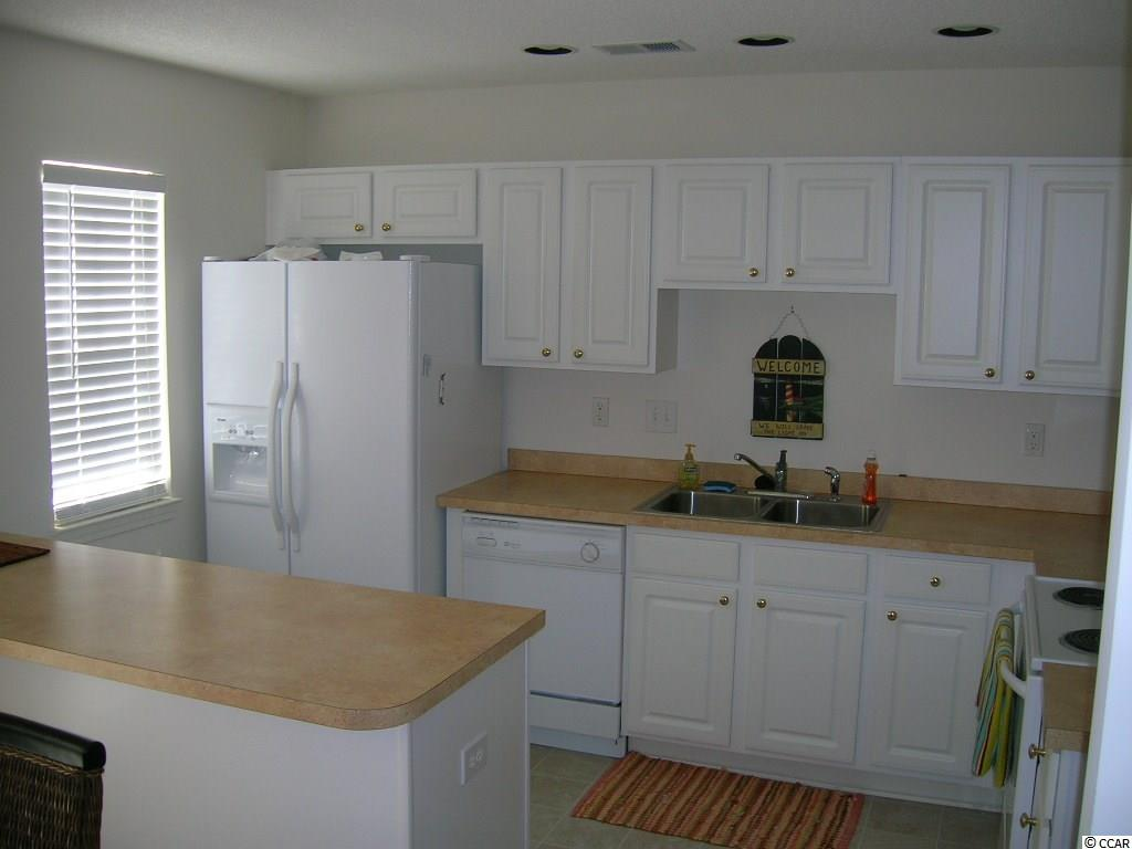 3 bedroom  PARKVIEW SUBDIVISION - 17TH AVE. condo for sale