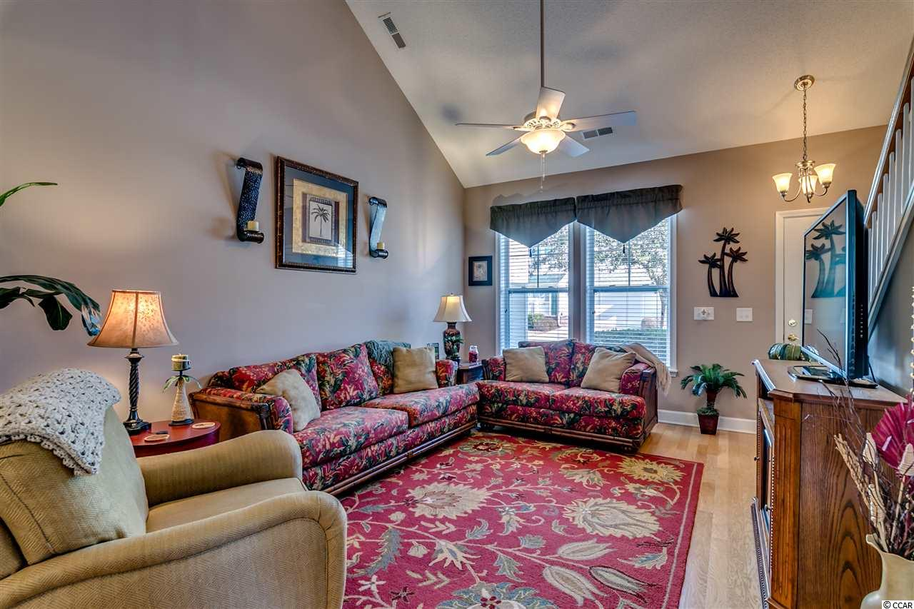 Tanglewood condo at 6095 Catalina Drive for sale. 1604372