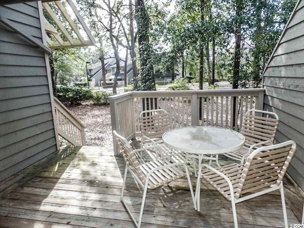 condo for sale at  Richmond Park for $225,900