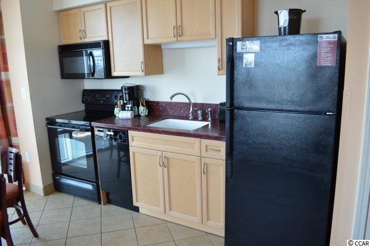 1 bedroom condo at 3601 N Ocean Blvd #1540