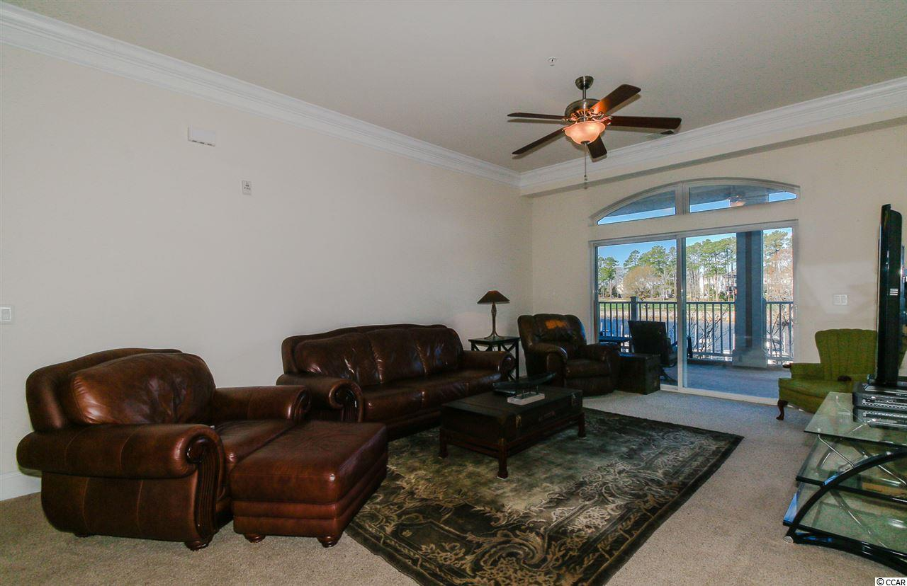 3 bedroom condo at 257 Venice Way