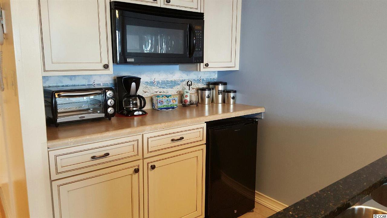 Renaissance Tower condo at 5905 S. Kings Hwy for sale. 1702053