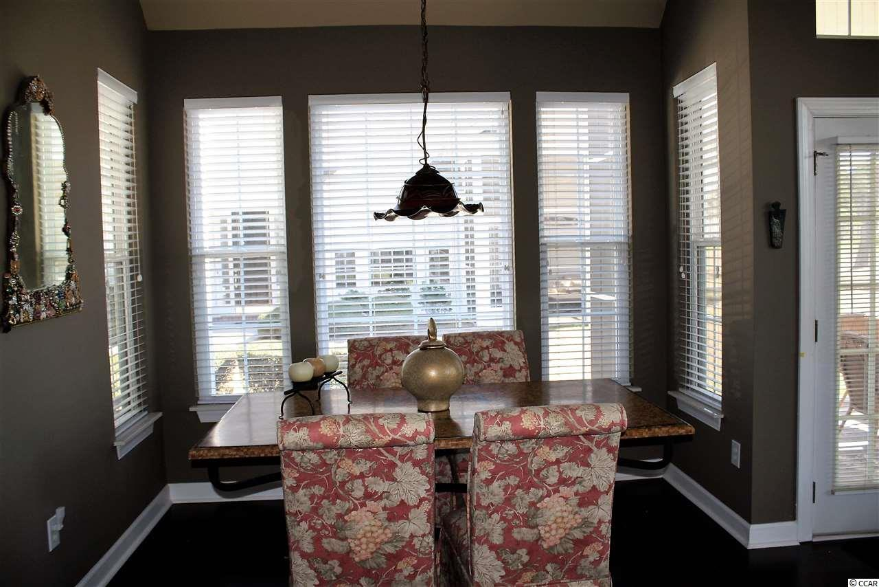 3 bedroom condo at 4591 Painted Fern