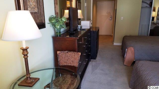 condo for sale at 9820 Queensway Blvd.