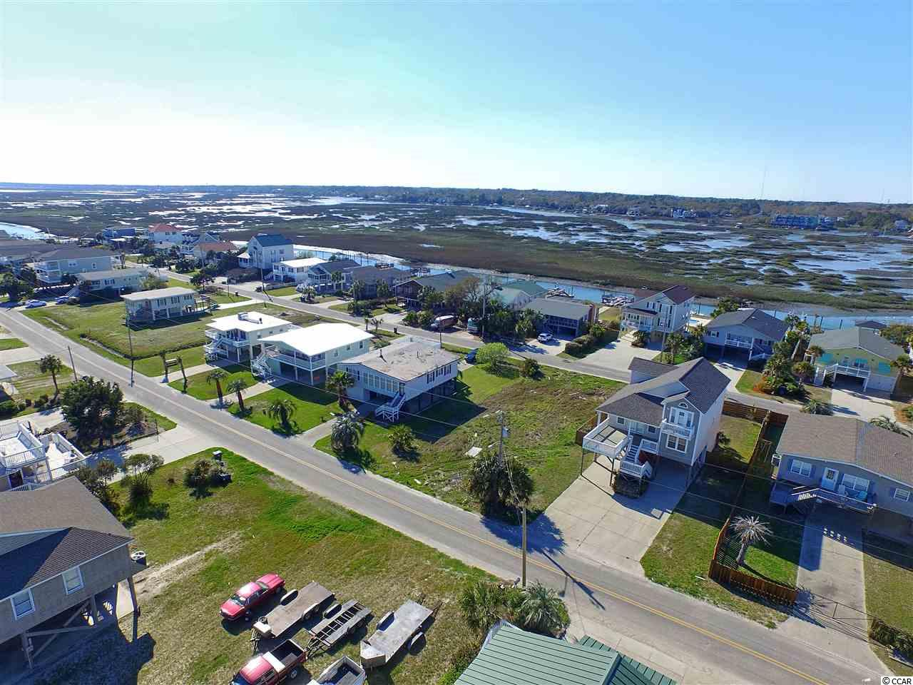 Additional photo for property listing at 646 S Underwood Drive 646 S Underwood Drive Garden City Beach, South Carolina 29576 United States