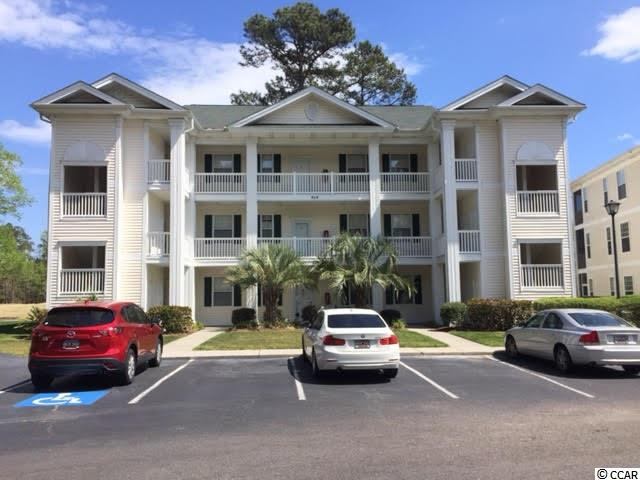 Golf Course View,Lake/Pond View,End Unit Condo in RIVER OAKS CONDOS : Myrtle Beach South Carolina