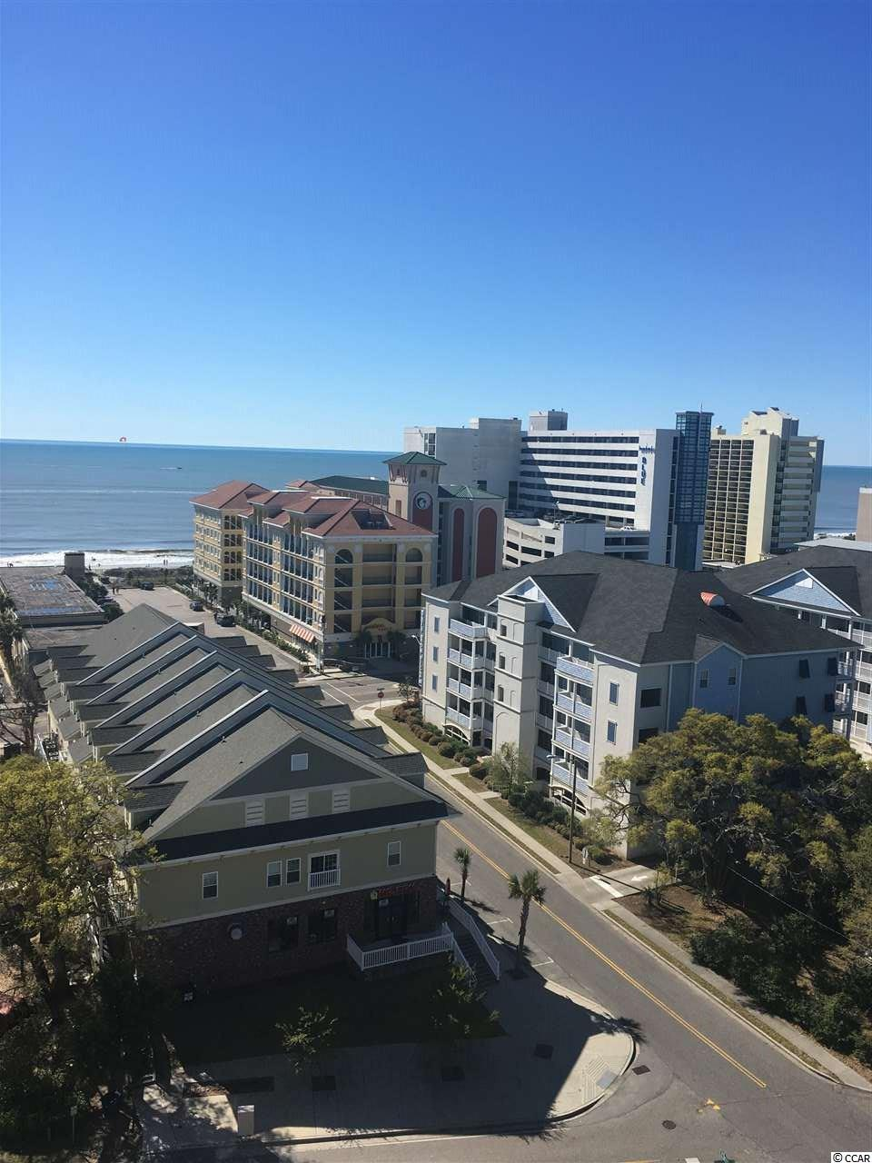 condo at  HOLIDAY TOWER for $134,900
