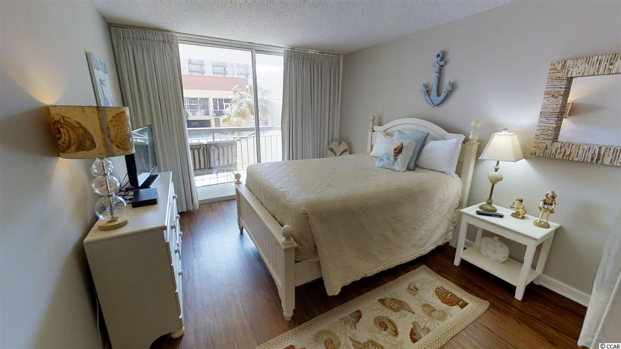 4 bedroom condo at 9820 Queensway Blvd