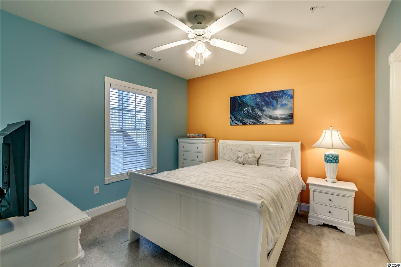 3 bedroom condo at 4855 Luster Leaf Circle