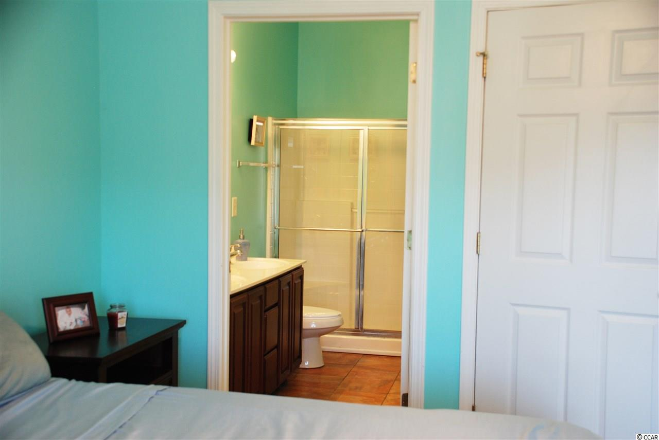 2 bedroom condo at 1100 Commons Blvd