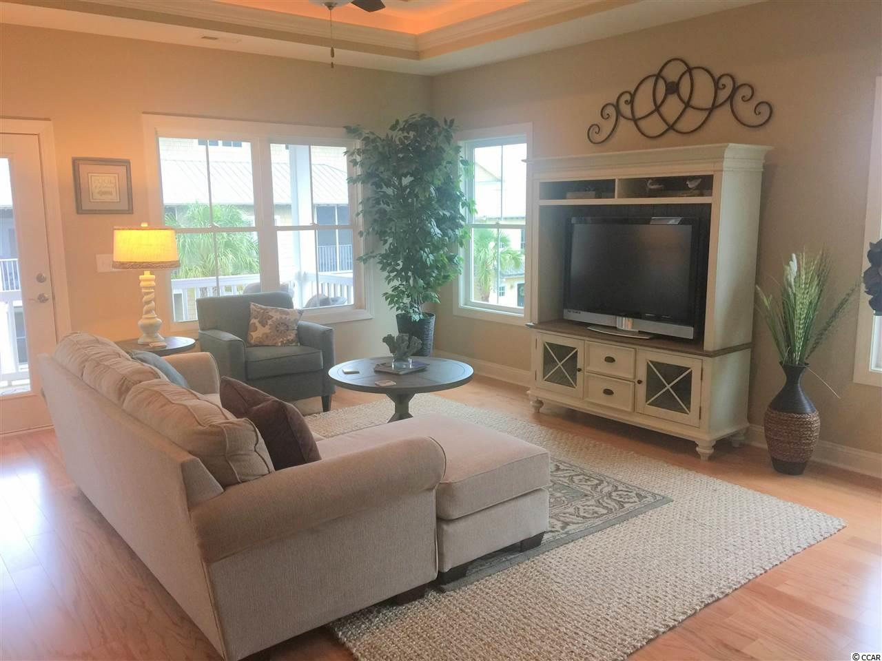 Check out this 3 bedroom condo at  Mingo Townhouse