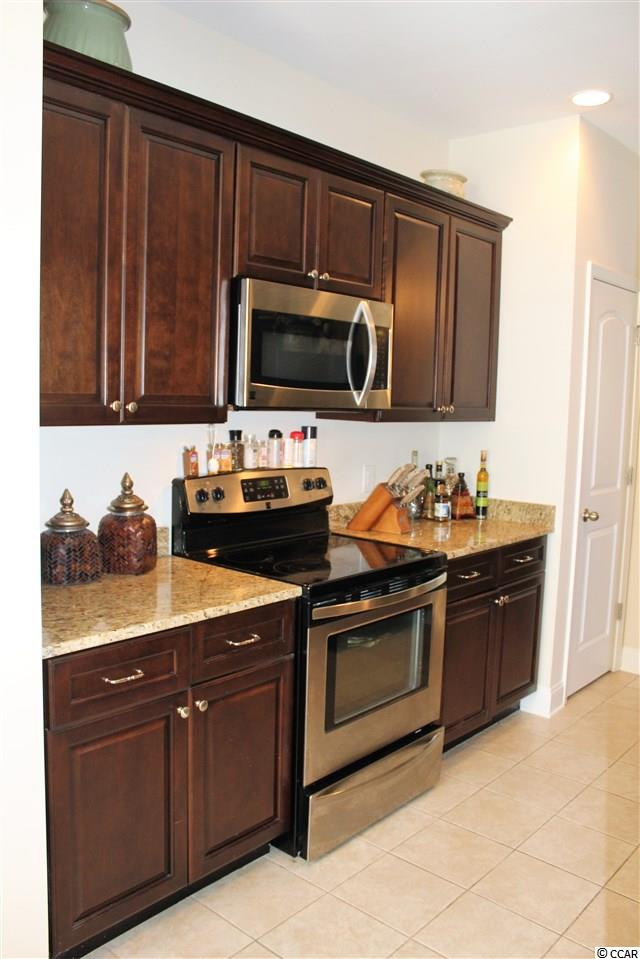 3 bedroom  Pine Island Townhomes condo for sale