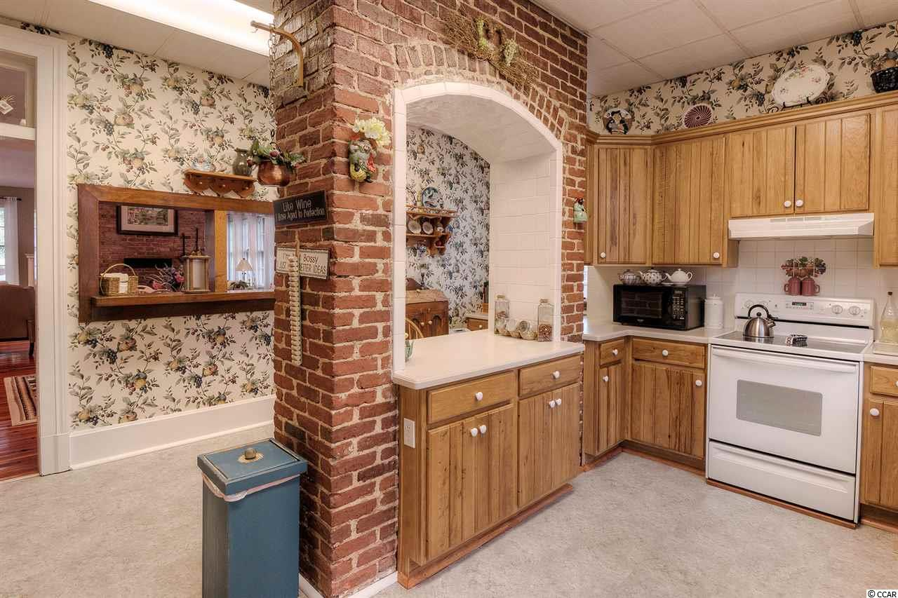 Additional photo for property listing at 127 Broad Street 127 Broad Street Georgetown, South Carolina 29440 United States