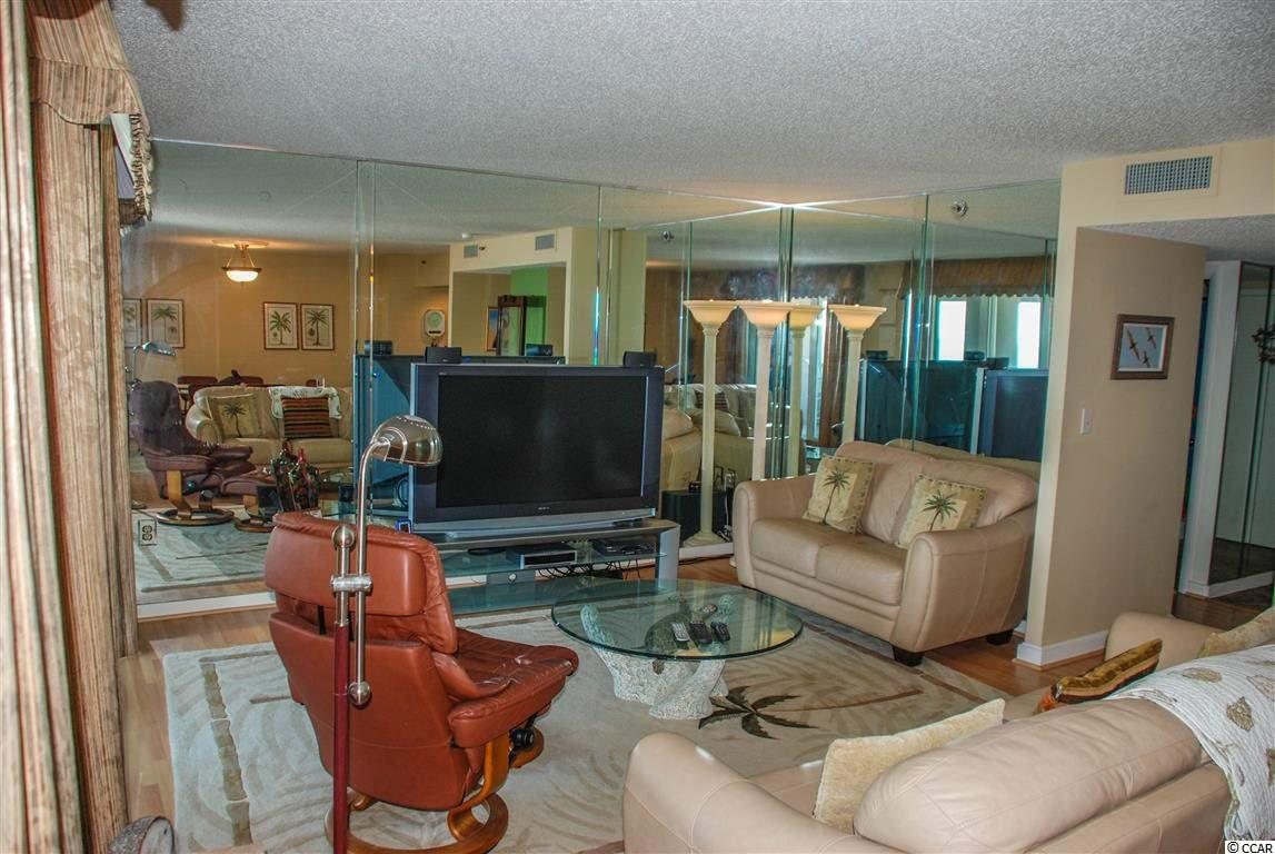 North Hampton condo at 9840 Queensway Blvd. for sale. 1713307