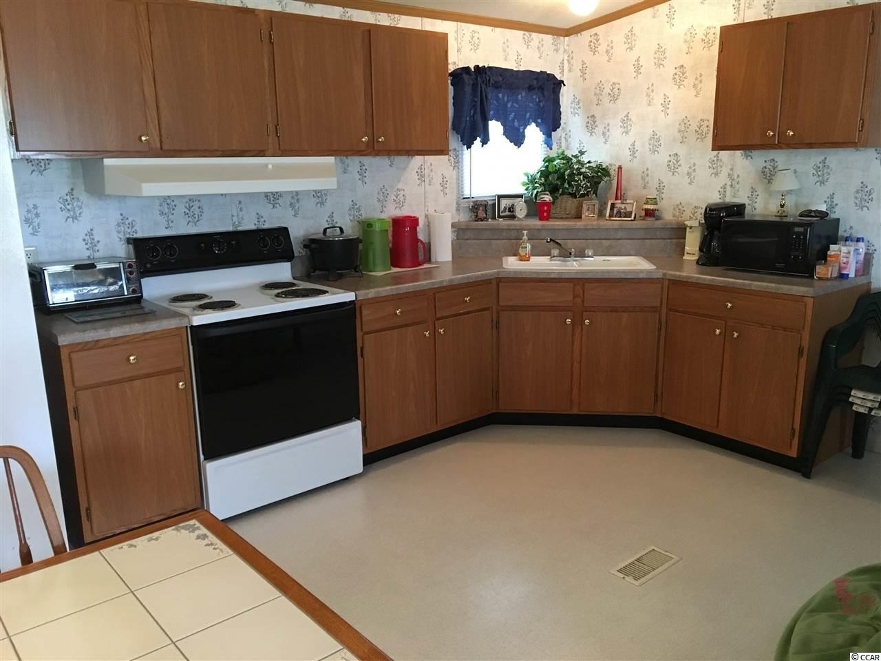 Additional photo for property listing at 247 1/2 Woodland Drive 247 1/2 Woodland Drive Garden City Beach, 南卡罗来纳州 29576 美国