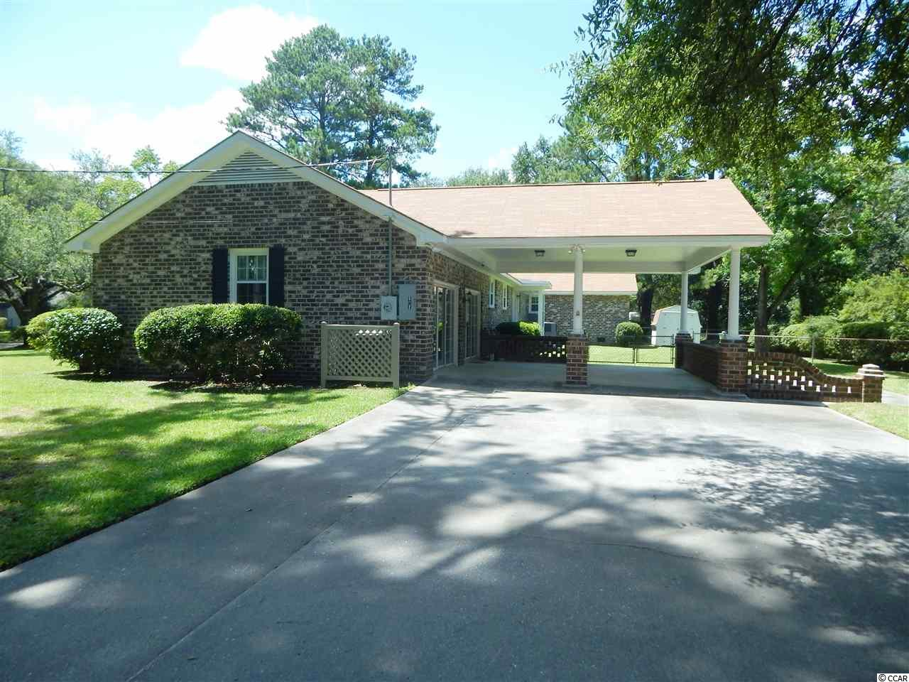 Additional photo for property listing at 904 Huger Drive 904 Huger Drive Georgetown, South Carolina 29440 United States