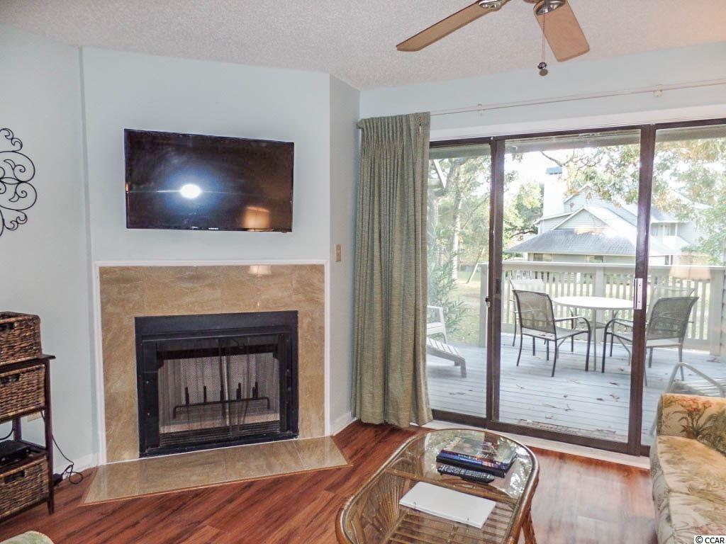 West Hyde Park condo at 116 Westhill Circle for sale. 1713977