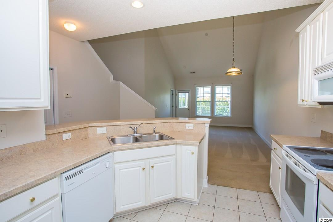 Contact your Realtor for this 3 bedroom condo for sale at  Windsor Park - Berkshire Forest