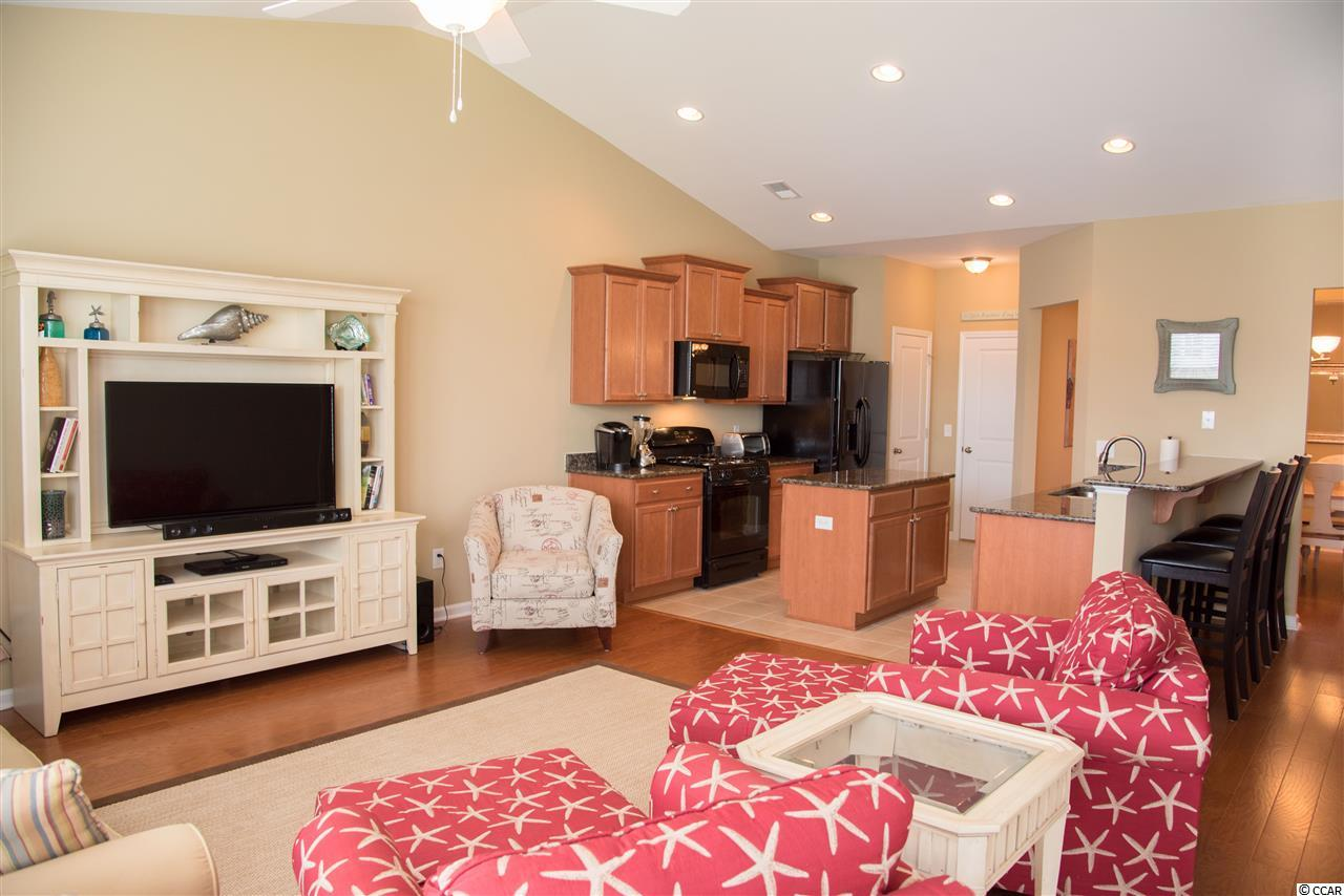 3 bedroom  Parmelee Townhomes condo for sale