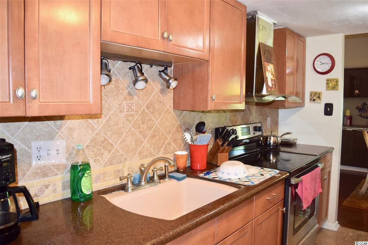2 bedroom condo at 1000 11th Ave N