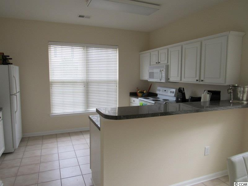 3 bedroom  ST ANDREWS TOWNHOMES condo for sale
