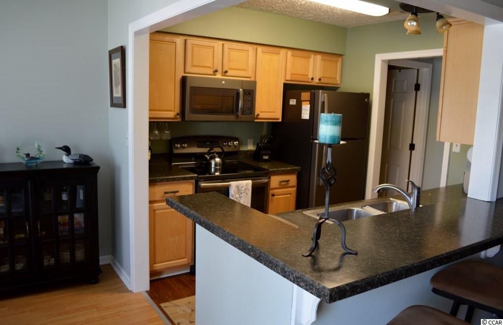 Park Terrace condo at 900 Courtyard Dr. Unit N-6 for sale. 1715758