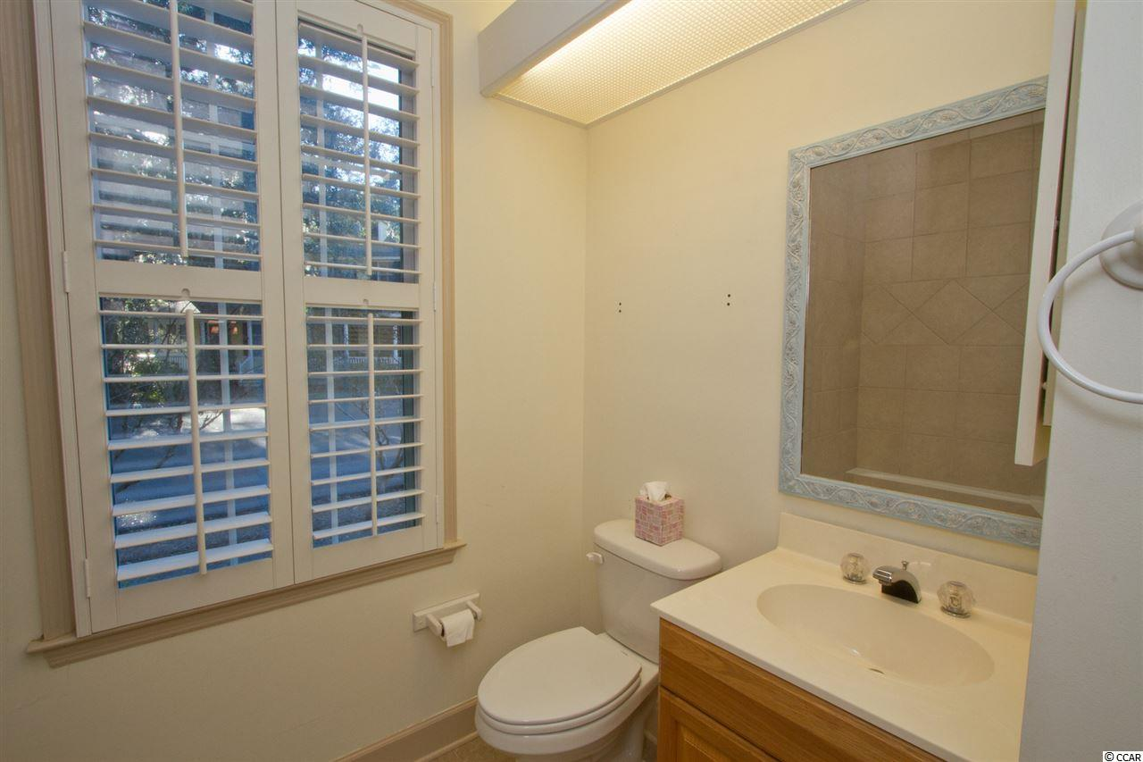 2 bedroom condo at 3054 Court Street