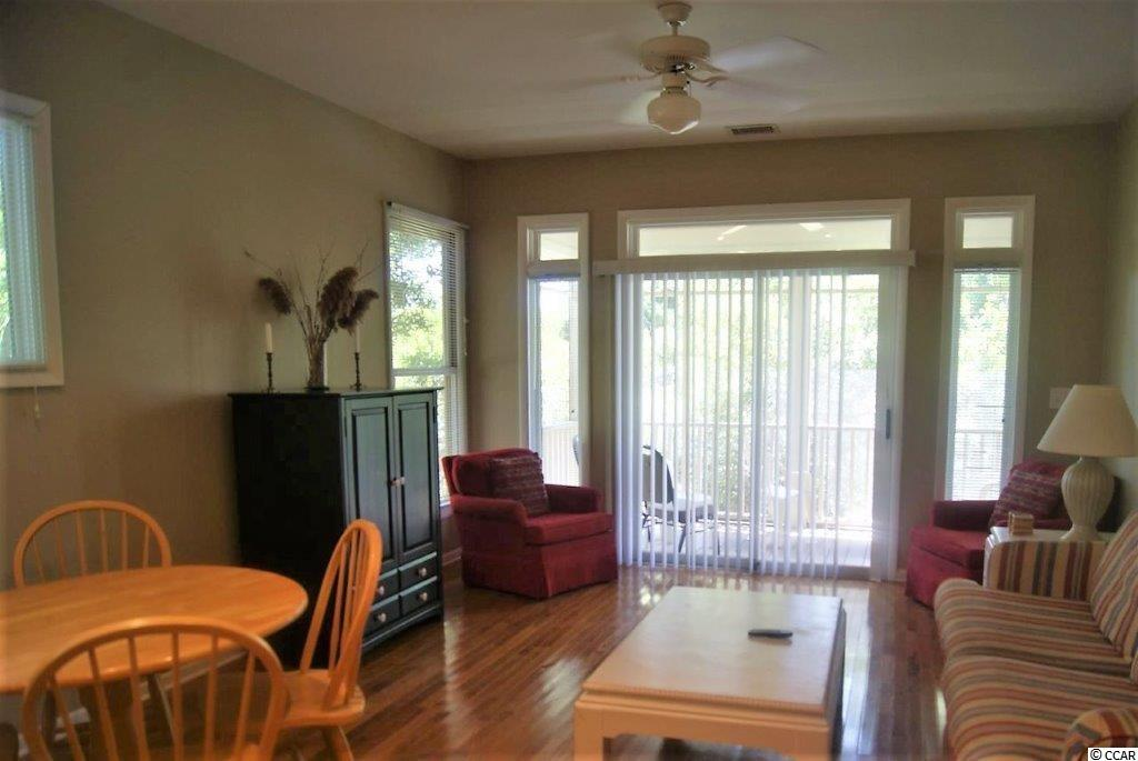 Lakeside Villas condo at 14-A Lakeside Dr for sale. 1715857